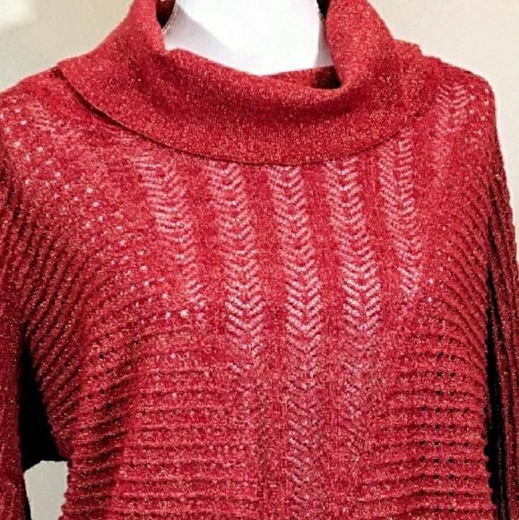 9c31a23e7cea7e Cathy Daniels Tops   Nwot Crochet Metallic Cowl   Poshmark